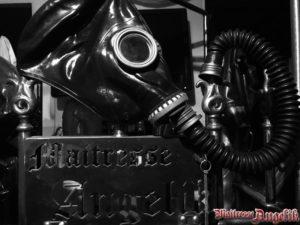 Controle de la respiration fetichisme 03